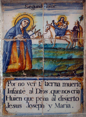 2. La huida a Egipto El rey Herodes está furioso por el nacimiento de Jesús y se propone matarlo. El dolor de la Virgen María es el de la Madre que ve amenazada la vida de su recién nacido, que es El Hijo de Dios, El Mesías