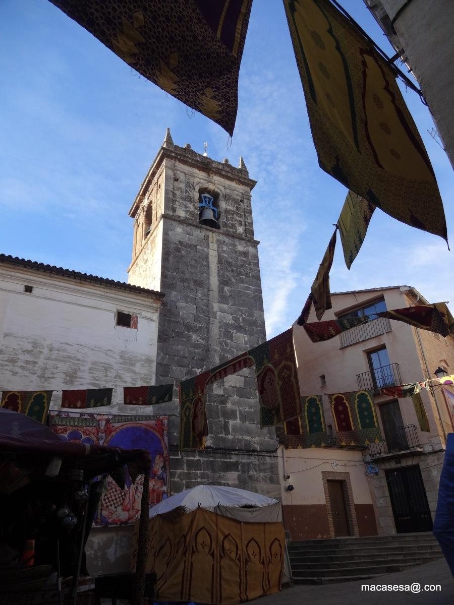 """La Iglesia del Salvador de Cocentaina (Provincia de Alicante) fue construida sobre la antigua mezquita en la segunda mitad del siglo XVI. Se trata de una iglesia renacentista con una gran unidad espacial, """"a lo romano"""", como se establecía en las capitulaciones para su construcción"""